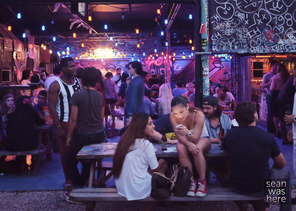 Wood Tavern.  Wynwood Miami
