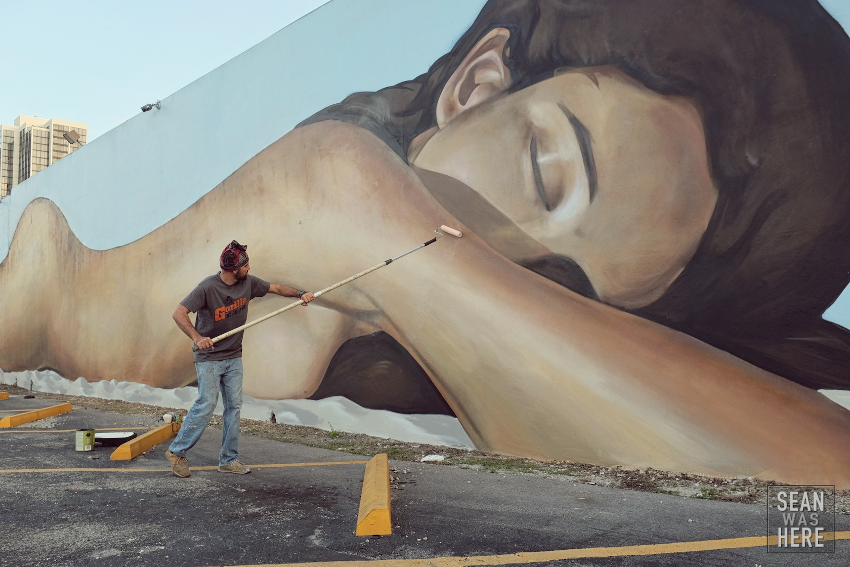 Krave Art (Miami) with another one of his spectacular sunbathers. Miami