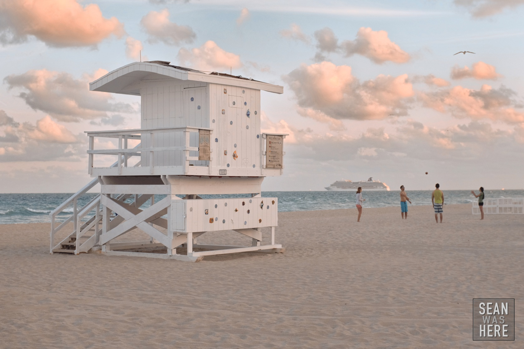 Miami Beach 17th Street Lifeguard Stand (New)