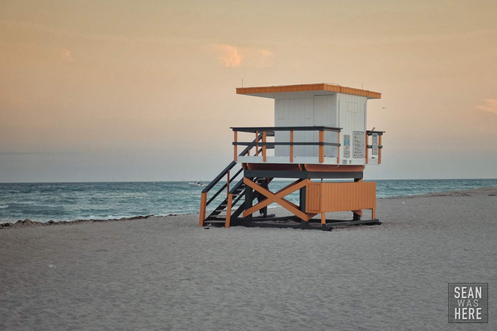 Miami Beach 21st Street Lifeguard Stand